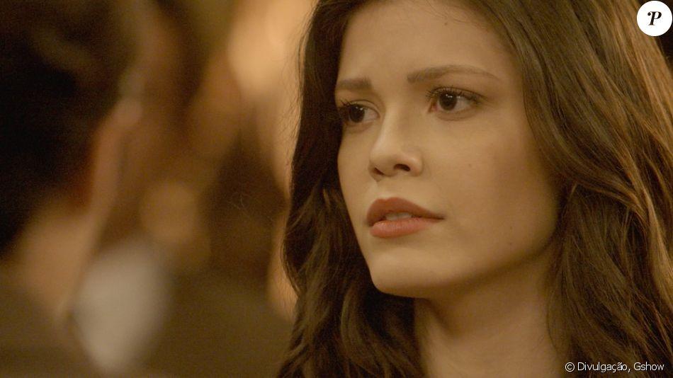 Maria Vitória (Vitória Strada) se desespera quando José Augusto (Tony Ramos) diz que vai mandá-la para um convento e foge de casa, na novela 'Tempo de Amar', a partir de 3 de outubro de 2017