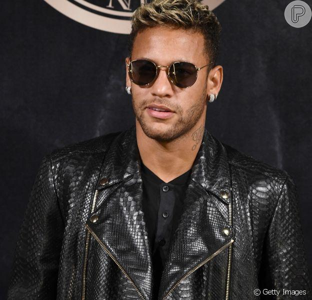 Neymar comenta sua vida de solteiro em Paris, na França, para onde mudou após contratação do Paris Saint-Germain