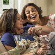 Bibi (Juliana Paes) comemora sua absolvição com a mãe e garante que deixou a vida de crime de vez, na novela 'A Força do Querer'