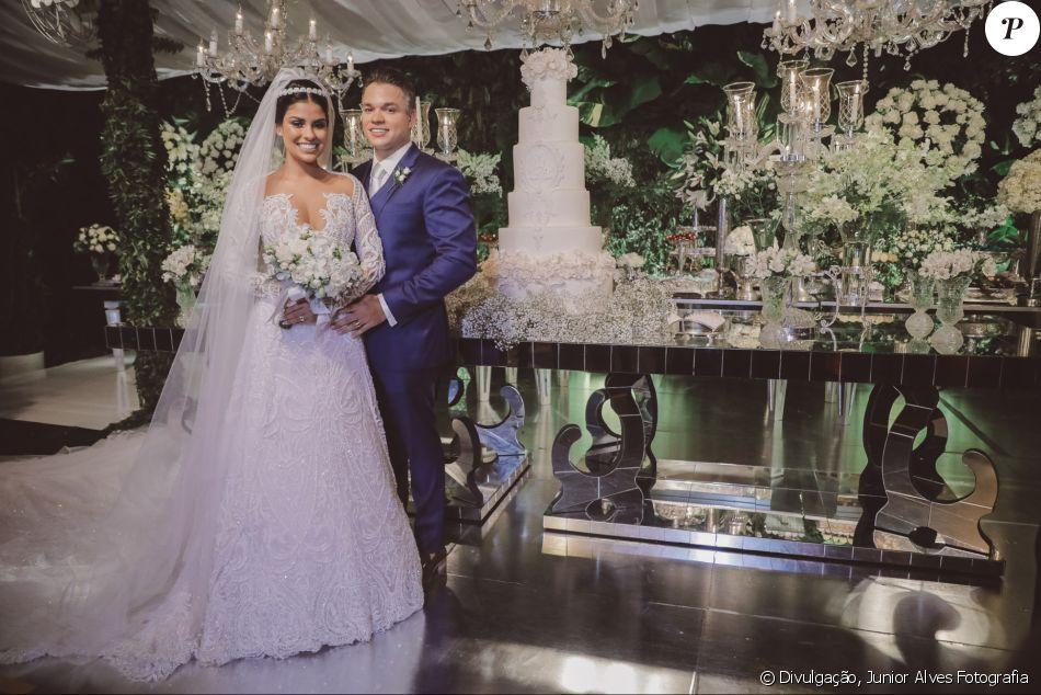 Casada com Anderson Felício, Munik Nunes adiou viagem para Cancun após passar por uma cirurgia para retirar um cisto do ovário
