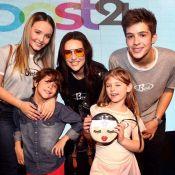 Larissa Manoela posa com ex João Guilherme e Lorena Queiroz em evento: 'Turma'