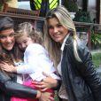 Flávia Alessandra tem dois motivos para comemorar neste domingo. Ela é mãe de Giulia Costa, de 14 anos, fruto de seu relacionamento com o falecido ator Marcos Paulo, e de Olívia, de 3, de seu casamento com Otaviano Costa