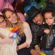 Mariah Carey também tem motivos em dobro para se alegrar no Dia das Mães: os gêmeos Monroe e Moroccan, de 3 anos. Eles são frutos de seu casamento com Nick Cannon. Os dois vão participar do próximo álbum da cantora: 'Eles são incrivelmente musicais'