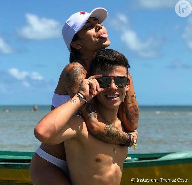 Thomaz Costa, ex de Larissa Manoela, troca beijos com a estudante Gabriela Rippi em viagem: 'Estão curtindo', disse uma fonte do Purepeople nesta sexta-feira, 13 de outubro de 2017