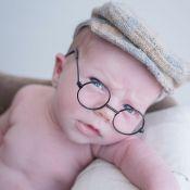 Maíra Charken mostra o filho recém-nascido de óculos em ensaio: 'Fofurice'