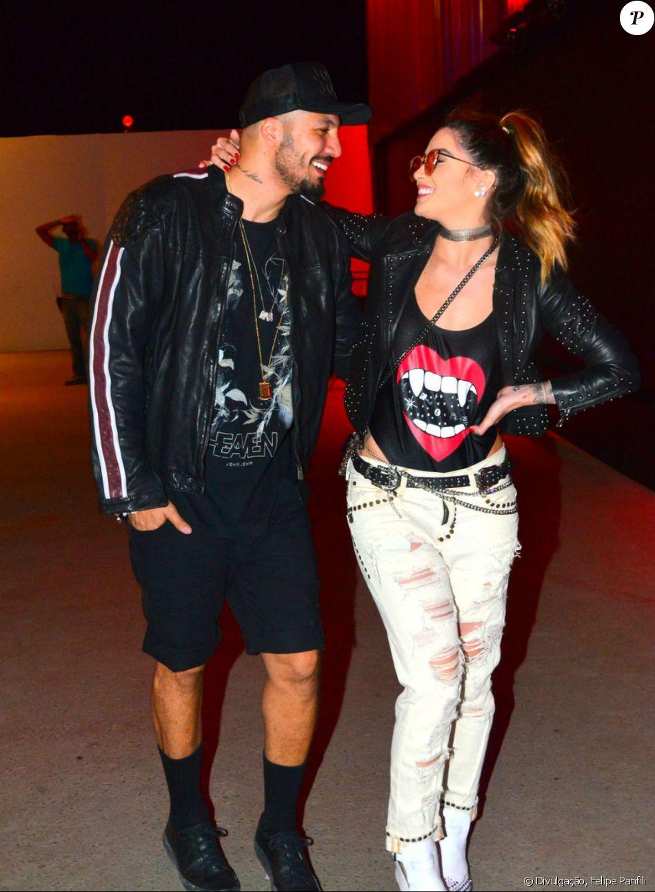 Fernando Medeiros afastou os rumores de crise no casamento com Aline Gotschalg nesta segunda-feira, 16 de outubro de 2017