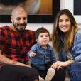 Casado com Aline Gostchalg, Fernando Medeiros é pai do pequeno Lucca, de 1 ano