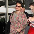 John Mayer completou 40 anos a bordo do avião para o Brasil