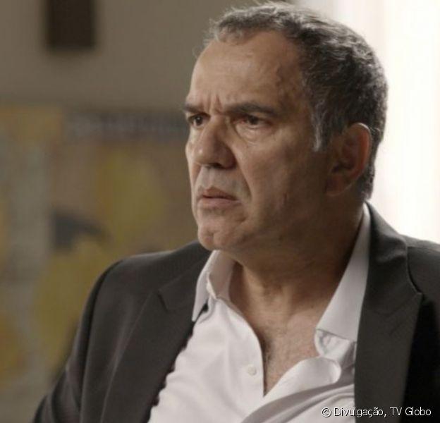 Na última semana da novela 'A Força do Querer', Eurico (Humberto Martins) desmascara segredo de Nonato (Silvero Pereira)