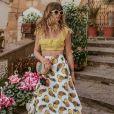 A ex-BBB Aline Gotschalg caprichou nas produções com rasteirinha durante viagem à Itália
