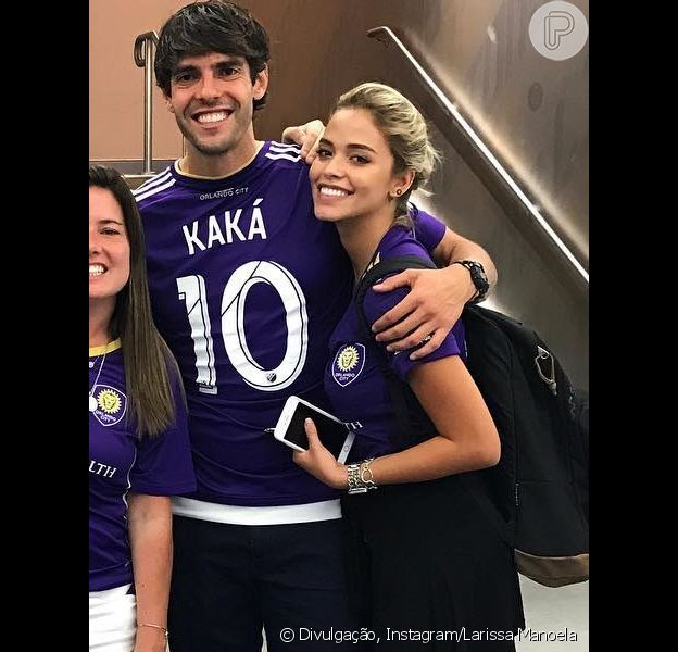 Kaká responde fã sobre casamento com namorada, Carol Dias, nesta quarta-feira, dia 18 de outubro de 2017
