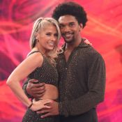 Adriane Galisteu brinca ao comemorar retorno ao 'Dança': 'Pulei no lugar certo'