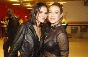 Bruna Marquezine vai a show da banda U2 com Fernanda Souza e Thiaguinho