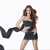 Marina Ruy Barbosa usa look de papel higiênico ao posar para campanha. Fotos!