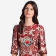 Look deCaroline Trentini pode ser encontrado por R$  7.4 mil no site da grifeDolce & Gabbana