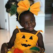 Giovanna Ewbank exibe Títi fantasiada de abóbora: 'Dia de Halloween na escola'