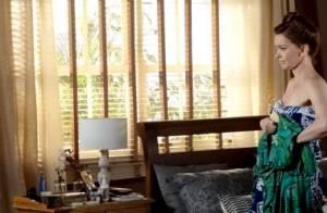 'Em Família': Helena deixa escapar romance de Clara e Marina e deixa mãe chocada
