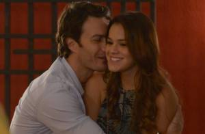 'Em Família': Laerte pede Luiza (Bruna Marquezine) em casamento