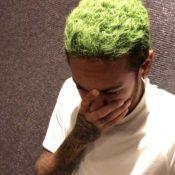 Neymar exibe cabelo verde e movimenta web: 'Está parecendo um gramado'