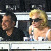 Lady Gaga desmente rumores de noivado com Christian Carino: 'É falso'