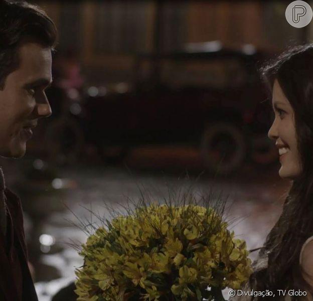 Bruno Ferrari está na torcida por seu personagem, Vicente, e Maria Vitória (Vitória Strada) na novela 'Tempo de Amar'