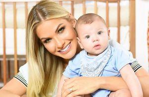 Andressa Suita compartilha foto abraçada ao filho, Gabriel: 'Excesso de fofura'