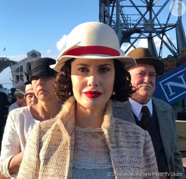 Desde 2012 longe das novelas, Mayana Moura voltou às telinhas como a cantora Carolina de Sobral, na novela 'Tempo de Amar'