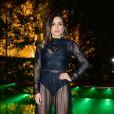 Anitta cantou uma versão reduzida do hino brasileiro e confundiu alguns internautas