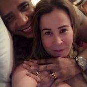 Zilu Camargo e o noivo mostram aliança em foto e falam de casamento: 'Ansiosos'