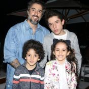 Filho de Marcos Mion ganha homenagem de Jota Quest em show: 'Noite mágica'