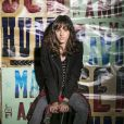 Na novela 'Malhação', Lica (Manoela Aliperti) morará em Paris com a mãe para tratar a depressão