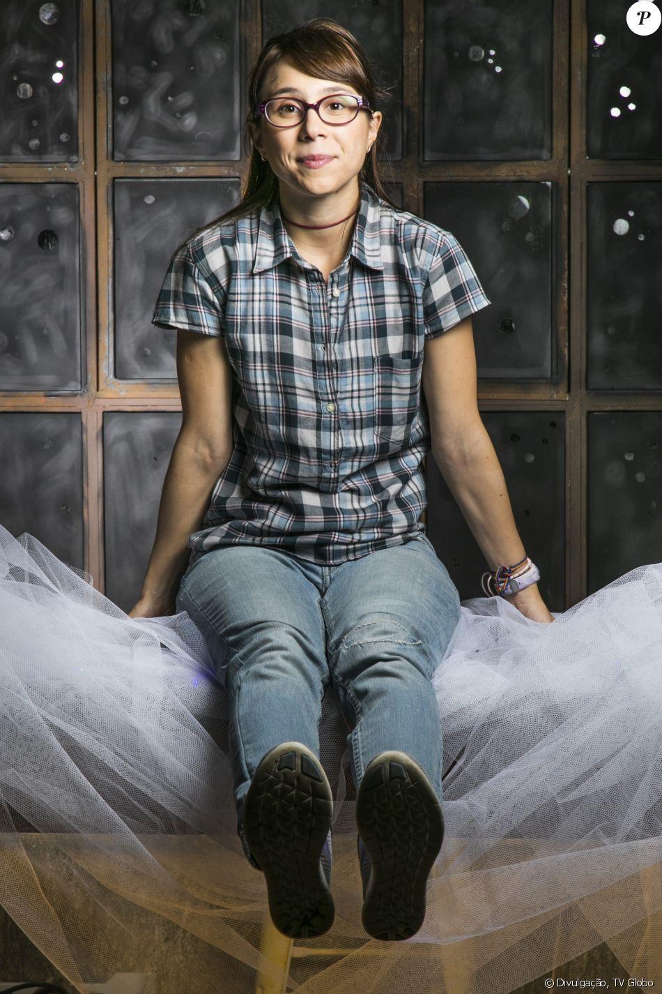 Na novela 'Malhação', Benê (Daphne Bozaski) é atingida por uma bomba colocada por Dogão (Giovanni Gallo) no Cora Carolina e pode ficar surda no capítulo que vai ao ar na quarta-feira, 22 de novembro de 2017