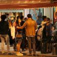 Joaquim Lopes e a bailarina do Faustão Yanca Guimarães curtiram noite em um bar carioca
