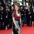 Julianne Moore veste Louis Vuitton notapete vermelhodo Festival de Cannes 2014