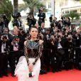 Zhang Ziyi veste Stéphane Rolland no tapete vermelho do Festival de Cannes 2014