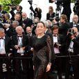 Gong Li veste Roberto Cavalli no tapete vermelho do Festival de Cannes 2014