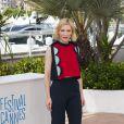 Cate Blanchett veste Delpozo no Festival de Cannes 2014