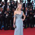Naomi Watts veste Marchesa no tapete vermelho do Festival de Cannes 2014