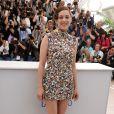 Marion Cotillard veste Martin Margiela no tapete vermelho do Festival de Cannes 2014