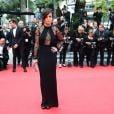 Alice Braga veste Gucci no tapete vermelho do Festival de Cannes 2014