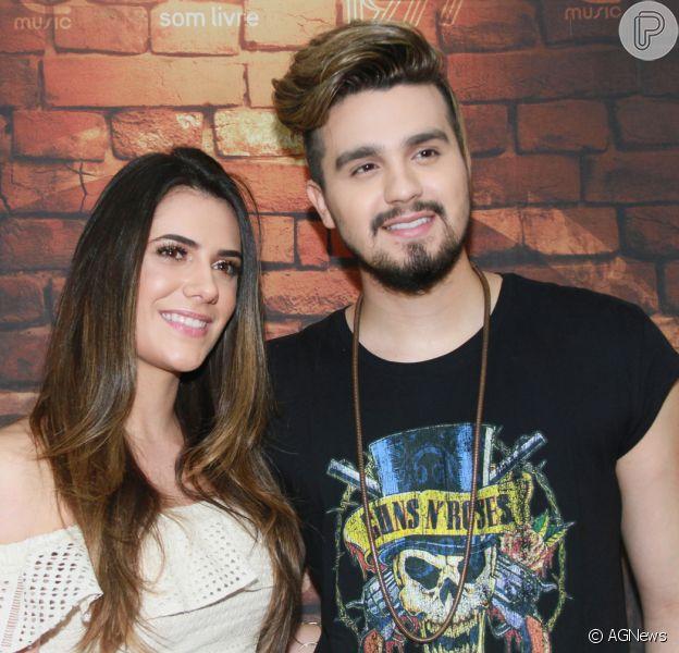Luan Santana vai ter 'duas férias' com namorada, Jade, em entrevista ao 'UOL' publicada nesta segunda-feira, dia 20 de novembro de 2017