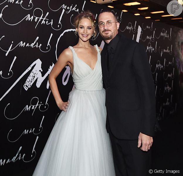 Jennifer Lawrence e o diretor Darren Aronofsky terminaram o namoro de 1 ano e 2 meses