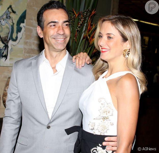 Ticiane Pinheiro e Cesar Tralli vão de casar no hotel Vila Inglesa, um dos mais tradicionais e caros de Campos do Jordão, região Serrana de São Paulo,no dia 2 de dezembro de 2017