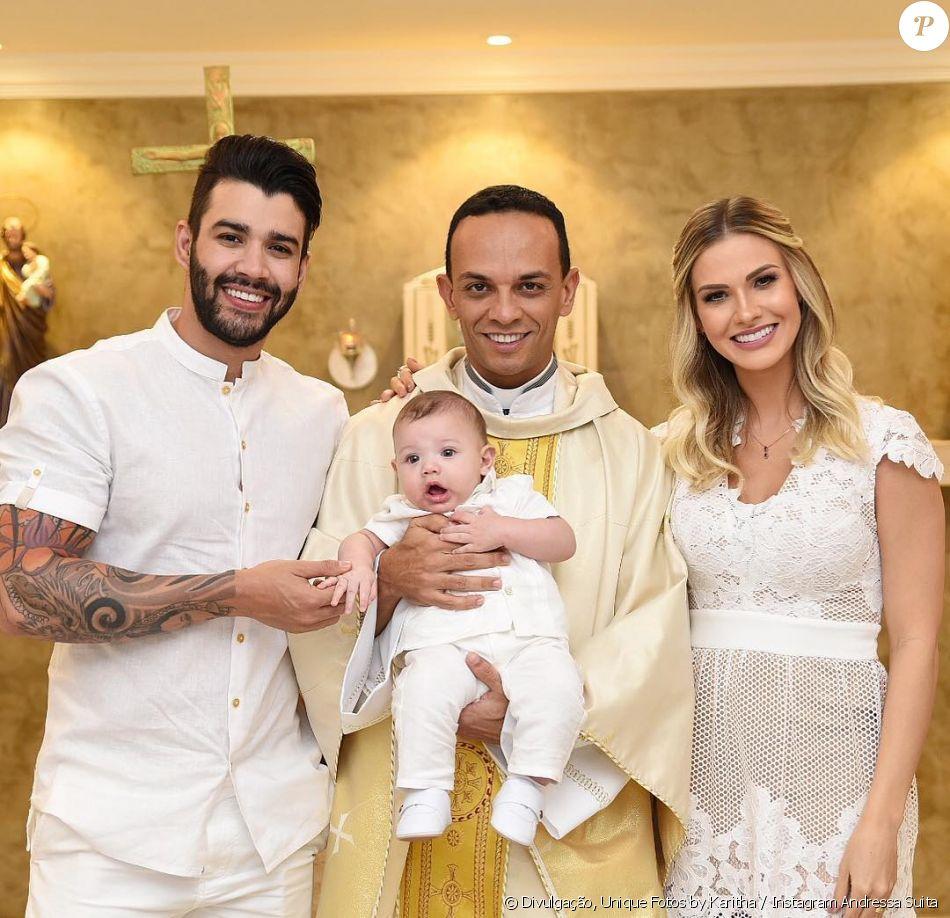 f1d627e5a2d Andressa Suita e Gusttavo Lima batizam o filho