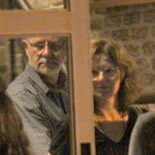 Patricia Pillar curte jantar com namorado, Carlos Henrique Schroder. Veja fotos!
