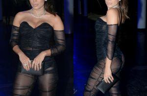 Anitta combina transparência e decote em look para premiação. Veja fotos!