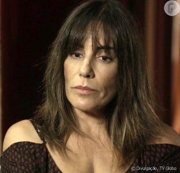 Envergonhada, Duda (Gloria Pires) lamenta por ter voltado a fazer programa na novela 'O Outro Lado do Paraíso'
