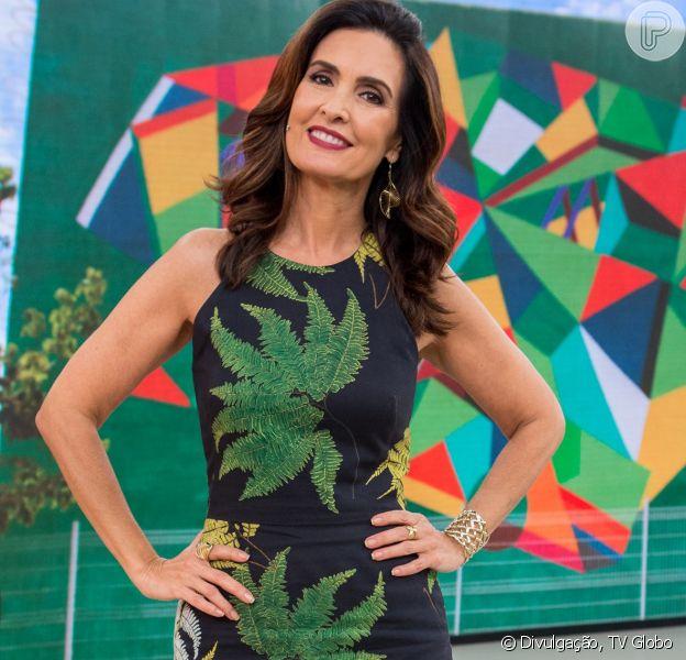 Fátima Bernardes cantou a música 'Agora Só Falta Você', de Rita Lee, em um desafio musical do 'Encontro' nesta segunda-feira, 4 de dezembro de 2017