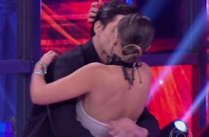 Mãe de Lucas Veloso apoia namoro com bailarina: 'Gosta mais dela do que de mim'