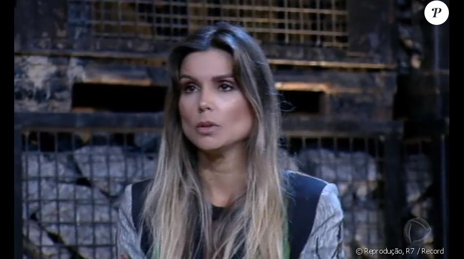 Em 'A Fazenda', Flávia recorda ofensas de Marcos e cobra respeito: 'Sou mulher'